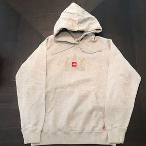 THE NORTHFACE HOODIE SIZE XL